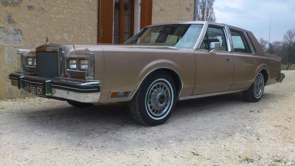 wilfried et sa Lincoln Continental de 1980
